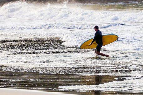 surf in Australia