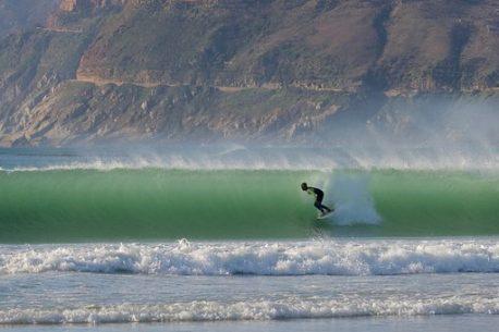 surf alle isole Salomone