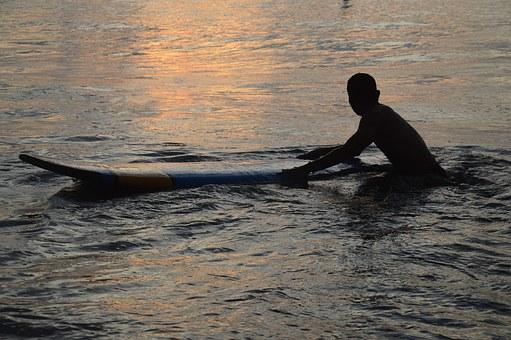 surf in Oman